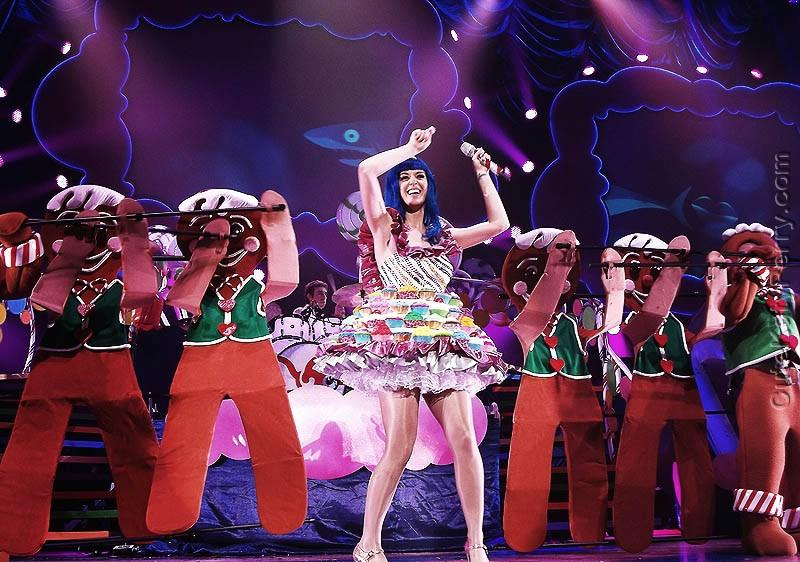Katy_Perry_In_California_Dreams_Tour_2011_DYS9D3.jpeg